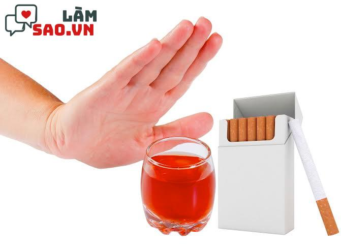 Tránh rượu bia, thuốc lá
